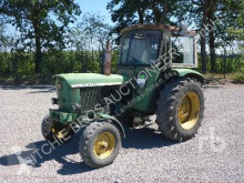 zemědělský traktor John Deere 2030S