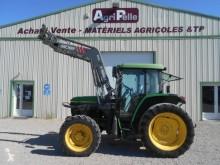 tracteur agricole John Deere 6010