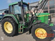 Trattore agricolo John Deere 6510 usato