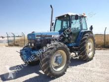Tractor agrícola Ford 8340DT usado