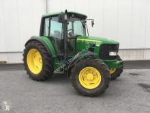 Mezőgazdasági traktor John Deere 6330 használt