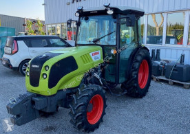 Tracteur agricole Claas Nexos 240 VL 4RM occasion