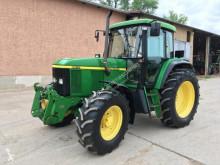 Tracteur agricole John Deere 6610