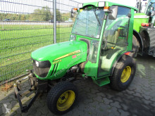 Tractor agrícola John Deere 2027R HST tractor agrícola usado