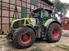 Tracteur agricole Claas Axion 940 CMatic