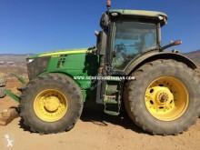 Tractor agrícola John Deere 7230R usado
