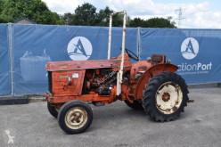 Селскостопански трактор Renault R7054