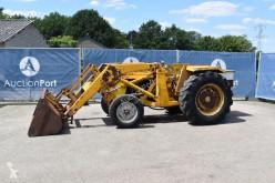 Селскостопански трактор Massey Ferguson 3305