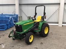 Tractor agrícola John Deere 3036E usado