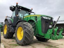 Tractor agrícola John Deere 8335R usado