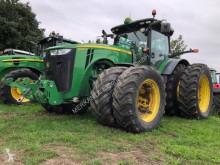 Mezőgazdasági traktor John Deere 8335R használt