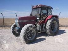 Tracteur agricole Case 5130