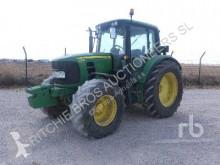 Tracteur agricole John Deere 6330