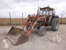Tracteur agricole Case 956