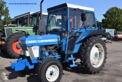 Tractor agrícola Ford 3910 usado