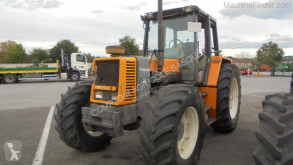 Tractor agricol Renault 110.14 second-hand