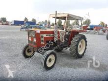 Tracteur agricole Fiat 446