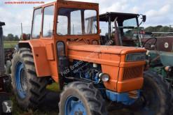 Tracteur agricole Fiat 750 DT