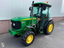 Tractor agrícola John Deere 5 080GF TREKKER usado