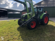 Trattore agricolo Claas Arion 440