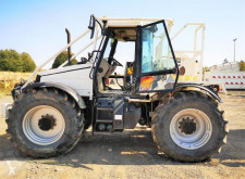 Tractor forestal usado nc JCB TREUIL 6T