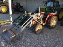 Tracteur agricole Massey Ferguson MF 255