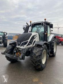Tracteur agricole Valtra T144 hitech occasion