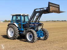 Tracteur agricole Ford 8210 occasion