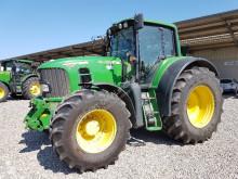 John Deere farm tractor 7530