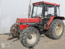 Tractor agrícola Case IH 833 usado