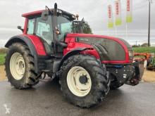 Tractor agrícola Valtra usado