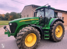 John Deere farm tractor 7920