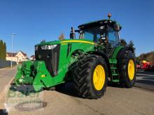 Mezőgazdasági traktor John Deere 8260 R használt
