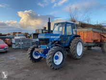 Tractor vechi Ford 7700