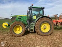 Trattore agricolo John Deere 6210 R usato