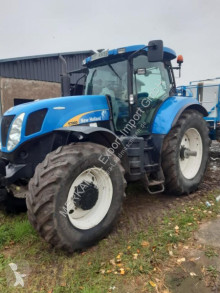 Tractor agrícola New Holland T 7060 usado