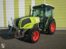 Tracteur agricole Claas Nexos 230 vl 4rm