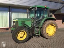 Tractor agrícola John Deere 6110 premium usado