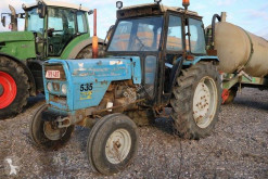 Tractor agrícola tractora antigua Landini R6830