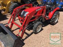 Mezőgazdasági traktor Branson használt