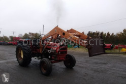 Tractor agricol Renault tracteur agricole 651 second-hand