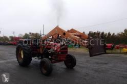 Tracteur agricole Renault tracteur agricole 651