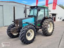 Tracteur agricole Valmet 665 S