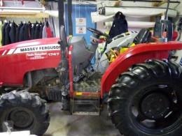 Trattore agricolo Massey Ferguson usato