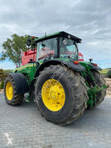 Tractor agricol John Deere 8330 second-hand