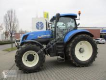 Mezőgazdasági traktor New Holland T7.220 AutoCommand - Junge Maschine használt