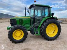 Tractor agrícola tractora antigua John Deere 6320 Premium