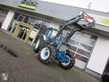 Zemědělský traktor Ford 8210 použitý