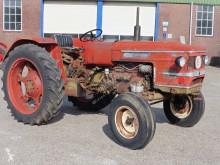 Tractor agrícola Zetor 4511 usado