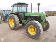 Tracteur agricole John Deere 3650